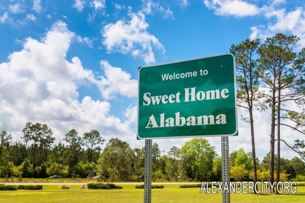 Pada tahun ini pensiunan guru di Sekolah Alabama Meningkat