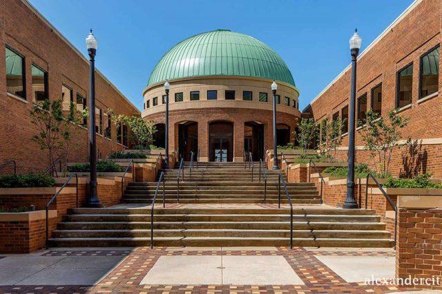 10 Museum Terbaik Di Alabama